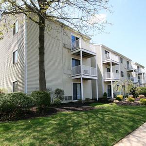 Echelon Voorhees, NJ Apartments for Rent | The Village at Voorhees