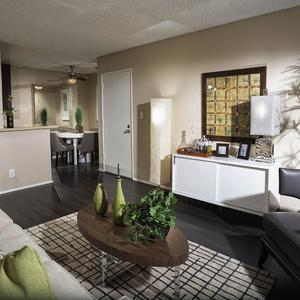 1 2 Bedroom Apartments In San Diego Ca Avana La Jolla