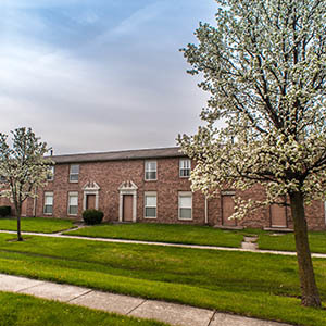 Fort Wayne Apartments Townhomes For Rent Chapel Oaks Apartments