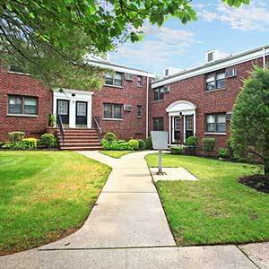Hasbrouck Heights, NJ Apartments For Rent | Skyline Apartments